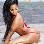 Ayisha Diaz @ayishadiaz: Wet and Wild - MJ Flix