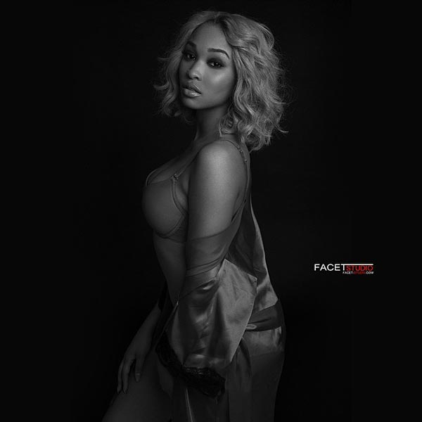 Adriennee @uhearit_aone - Pic of the Day - Facet Studio