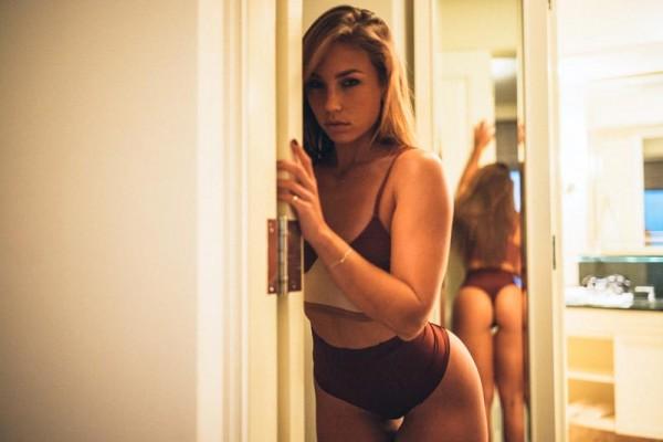 Nicole Mejia @nicole_mejia: Inviting Vibes - Van Styles