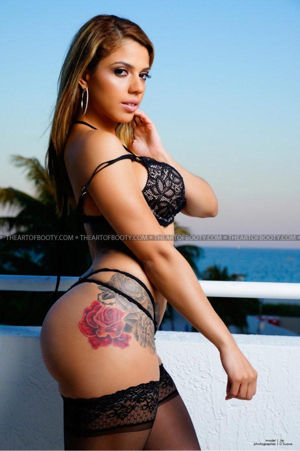 Jai Livia @iamjailivia: Sunset Passion On South Beach - @dsuave247 x The Art of Booty