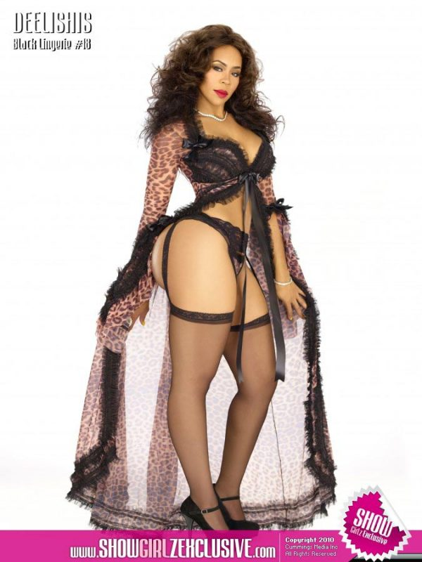 Deelishis in SHOW Magazine Black Lingerie #18