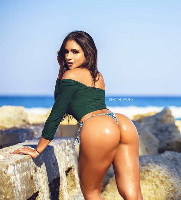 Ashley Ortiz @iamashleyortiz_: Stairway to Heaven - Kenny Deveaux