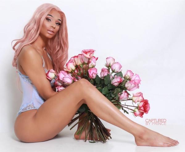 Natalie Nomada @natalienomada: Dozen Roses - @capturedbyprince