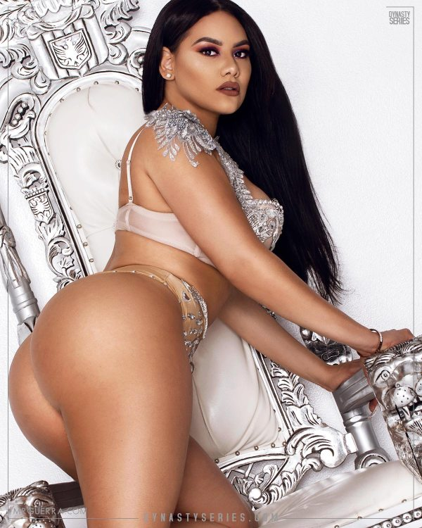 Anela Malia: Queen of Crystal Palace - Jose Guerra