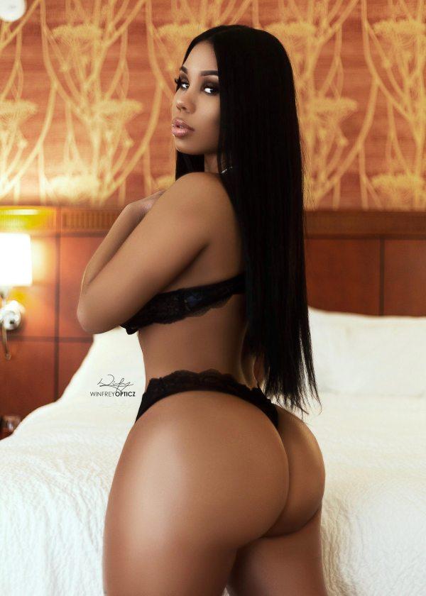 Devin Michelle @iamdevmichelle - Model Modele x Winfrey Opticz