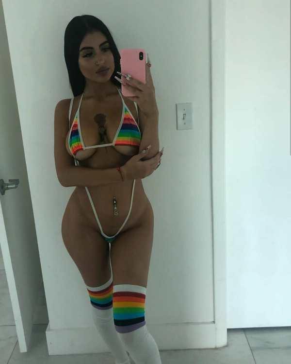 Emily Saramari @emilysaramari: How Many Licks? - 18kexclusive.com