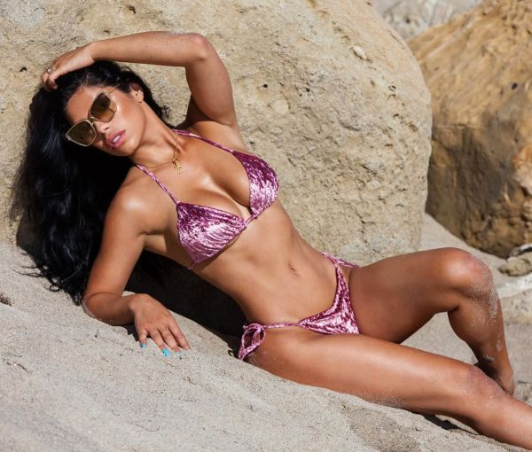 Suelyn Medeiros @suelynmedeiros: Rocky Shores - Drew Dailey Images