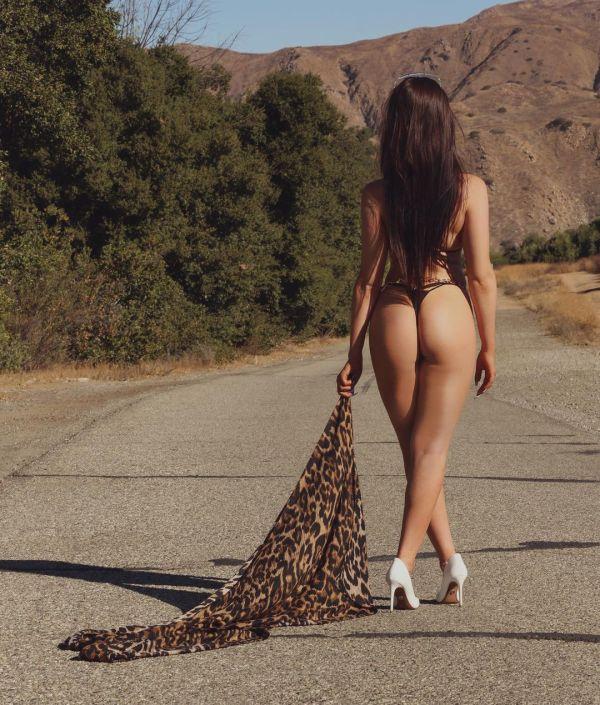 Kristina @xo_krxstxna: More of Desert Island – Jam-X