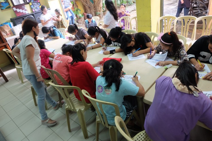 dyosathemomma: Millennial Moms PH outreach program at Cribs Foundation
