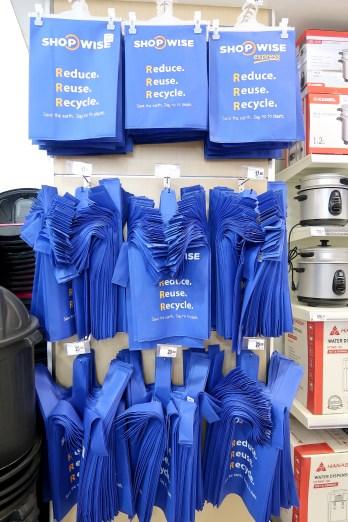 dyosathemomma: Shopwise Circuit Makati, ecobags