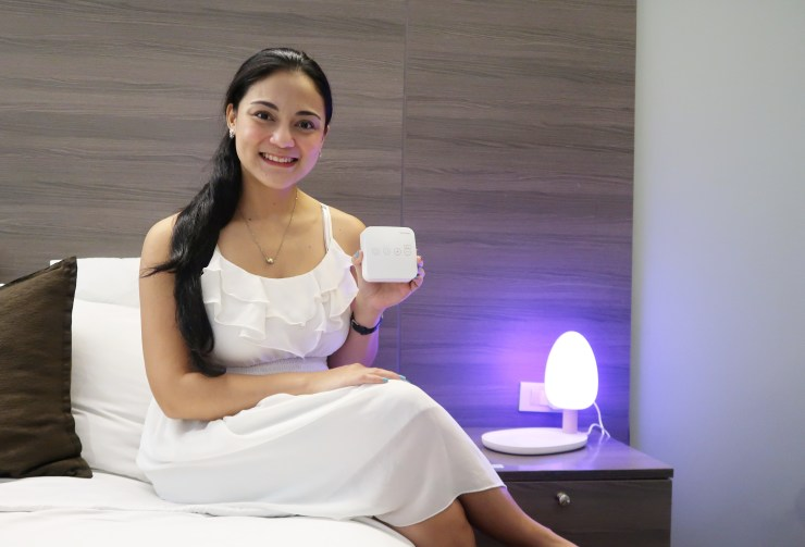 dyosathemomma: Haenim 7A Pocket Breast Pump and Haenim Wireless Charging Tree Desk Lamp Review PH
