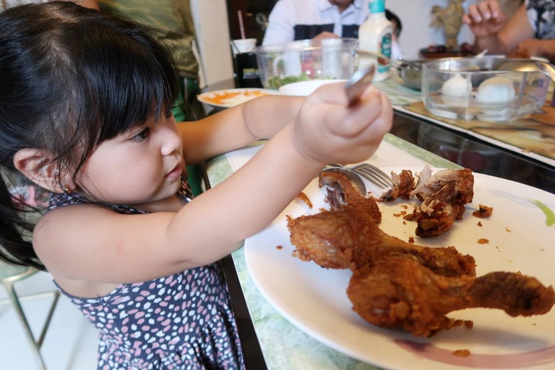 dyosathemomma: Jolly Claro Palm Oil review, mommy blogger, AmNiszhaGirl