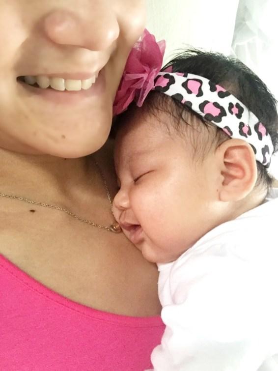 dyosathemomma: good effects of cuddling babies, AmariaNish, AmNiszhaGirl, mommyblogger