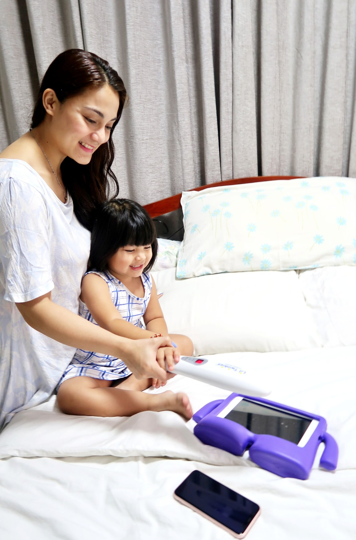 dyosathemomma: Li'l Twinkies review, mommy blogger ph, UV Sanitizer