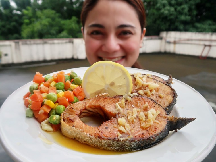 SeaKing Pink Salmon Steak With Garlic Lemon Butter Sauce Recipe, mommy blogger ph
