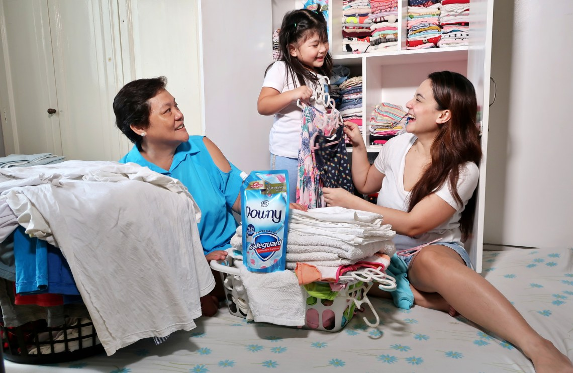 dyosathemomma: Downy AntiBac with Safeguard review, mommybloggerph, Amaria Niszha