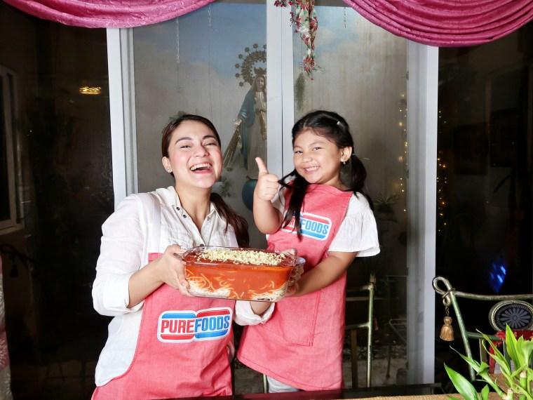 dyosathemomma-Purefoods Slow-cooked Spaghetti Sauce with the #1 TJ Hotdog-mommybloggerph-amarianiszha