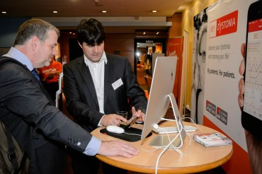 Stefan Wiemann of Merz explaining the dystonia APP: My Dystonia to DE President Robert Scholten...
