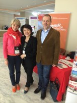 Diane Truong from the US paid a visit to the DE stand.