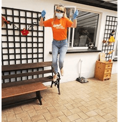 Another fantastic Jump for dystonia Ambassador is Yvonne Maxwell in Ireland. She asks people to jump for dystonia and she jumps a lot herself