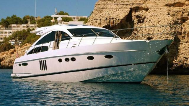 Yacht Princess V65