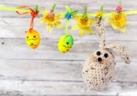 """11 способів розфарбувати пасхальні яйця без """"хімії"""""""