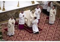 Будьте пастирями, а не панами, служіть, а не робіть кар'єру – Папа до нововисвячених священиків