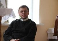 Зранене серце – чи здатне воно полюбити: поради молоді від Владики Володимира