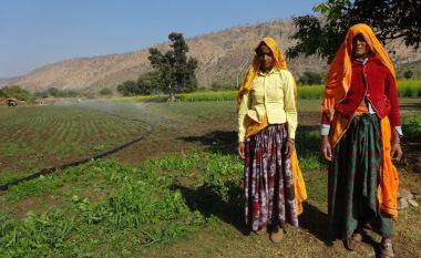 Les agricultrices du Rajasthan adoptent des arroseurs