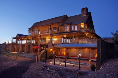 Ranch-House-Private-Hot-Tub