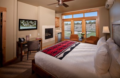 Sage-Canyon-Cabin-Guest-Room