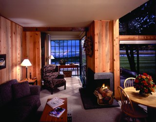 Black-Butte-Ranch_Lodging-Winter-Country-House-Condo-N.Sister-Mike-Houska
