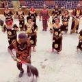 "Meyway chante le Cameroun et sa culture dans ""Tu dis que quoi?"""