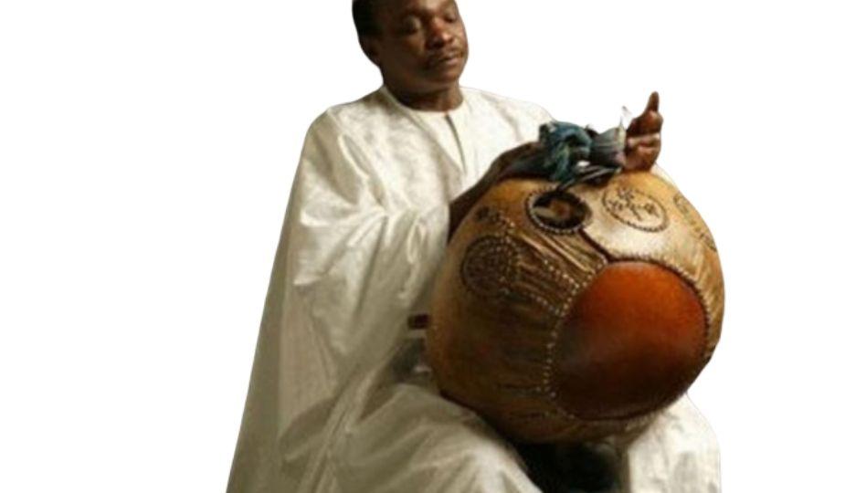 Mory Kanté, auteur-compositeur, chanteur, griot (Guinée-Conakry)