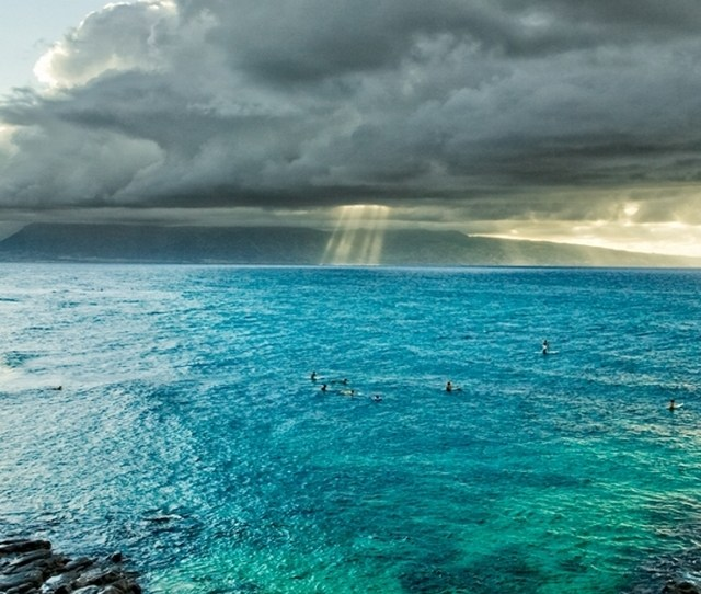 Awesome Blue Shore With Clouds Pic Mch Awesome Wallpapers Iphone