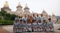 師生合影於大覺寺