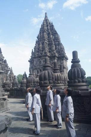 同學們探訪普蘭巴南印度廟,感漢古人的智慧