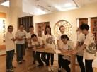 周日班佛学班参访新马寺美术馆幸福的开怀大笑