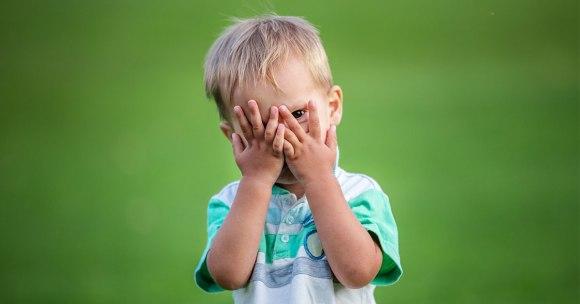 Jak działa mózg dziecka, czyli dlaczego dwulatek wpada w histerię, a przedszkolak odmawia umycia zębów?