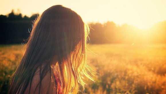 Naturalna regeneracja włosów po lecie