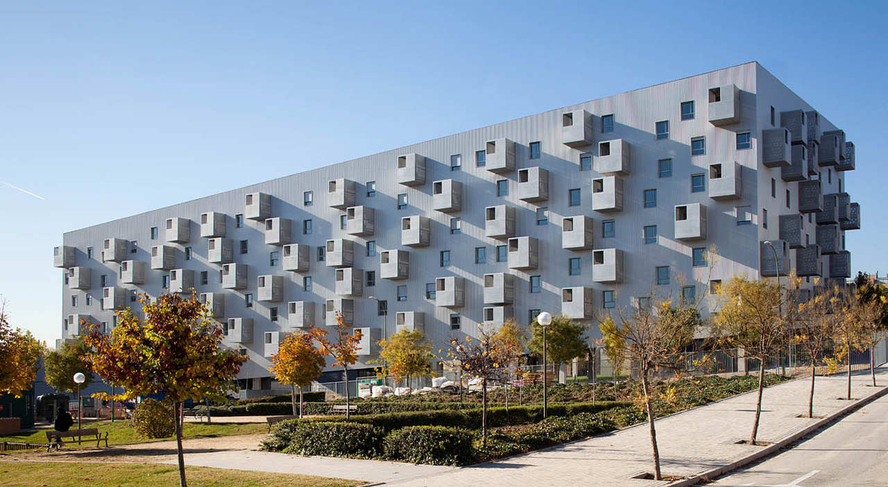 168 Social Housing In Madrid By Coco Architecture