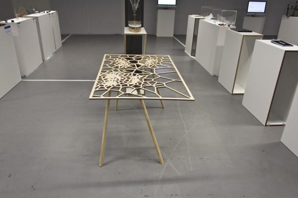 digital-technology-table-furniture-design-4