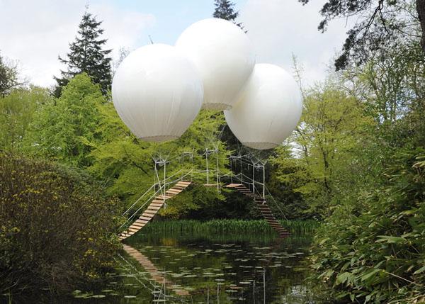 balloon-bridge-by-Olivier-Grossetête-tatton-park-02