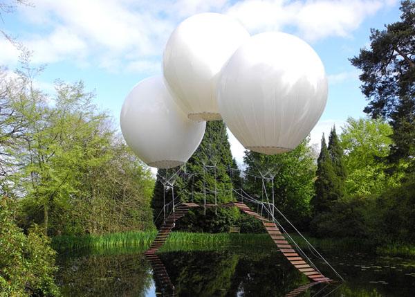 balloon-bridge-by-Olivier-Grossetête-tatton-park-03