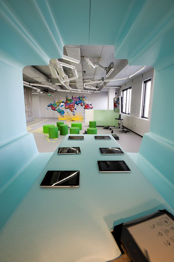 modern-office-design-in-netherlands-07