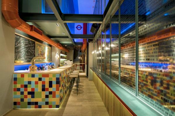 re-cafe-and-bar-by-minas-kosmidis-03