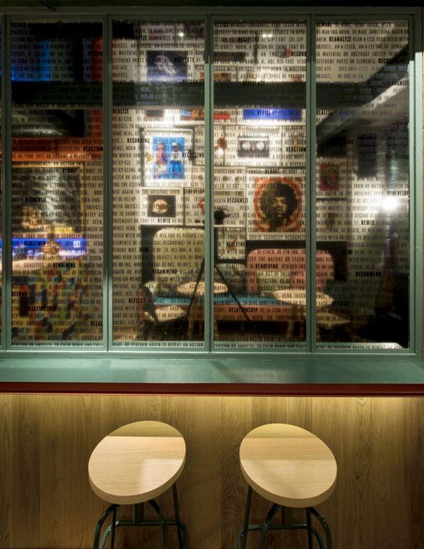 re-cafe-and-bar-by-minas-kosmidis-04