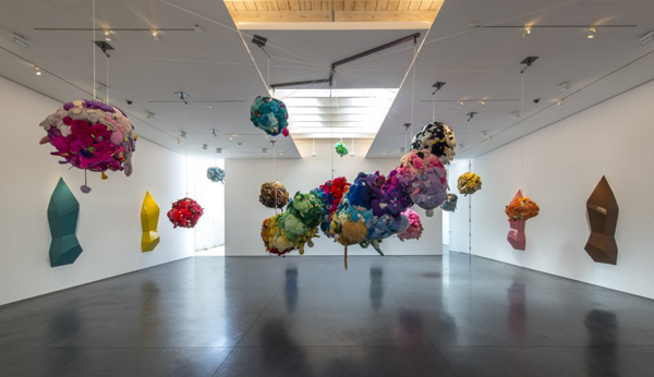 art-installation-by-mike-kelley-moma-ps1-02