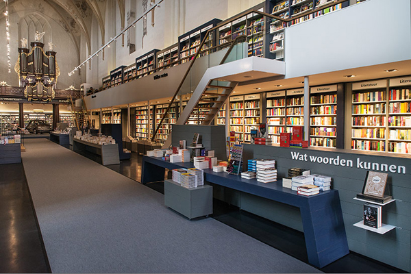 broerenkerk-church-transformed-into-a-bookstore-zwolle-netherlands-07