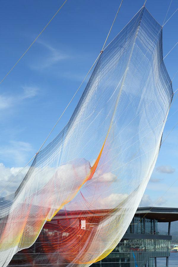 janet-echelman-aeriel-sculpture-ted-2014-03